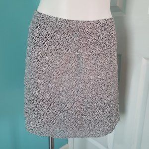 H&M white and black tiered mini skirt Size 8
